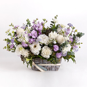 WHITE PURPLE MIXED BASKET